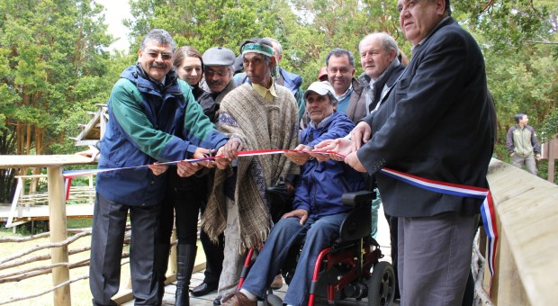 Inauguran sendero inclusivo en aniversario del Parque Nacional Chiloé