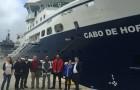 A bordo del buque Cabo de Hornos científicos tomarán muestras para investigación sobre vertimiento de salmones