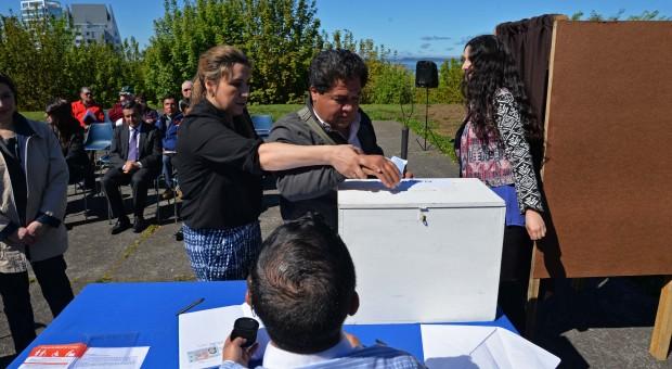 Capacitarán a vocales de mesa para el voto asistido