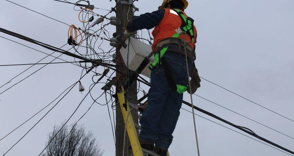Recomendaciones ante posibles cortes de luz por frente de mal tiempo en la zona.