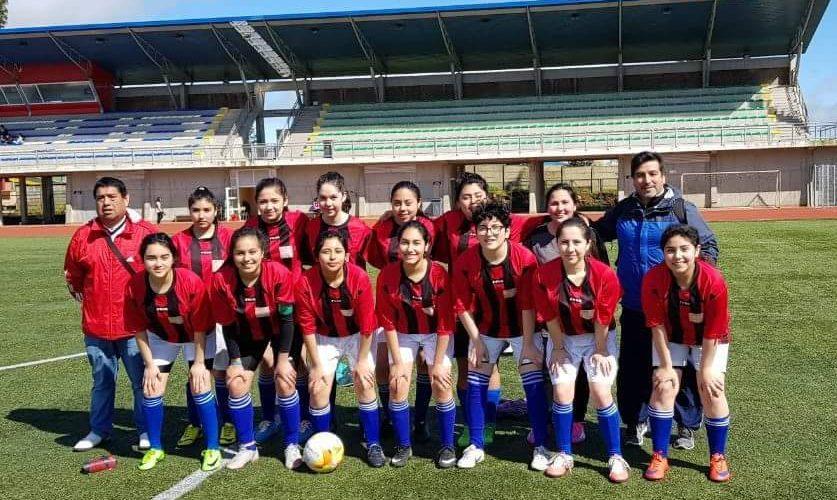 Liceo Politécnico es campeón en fútbol damas
