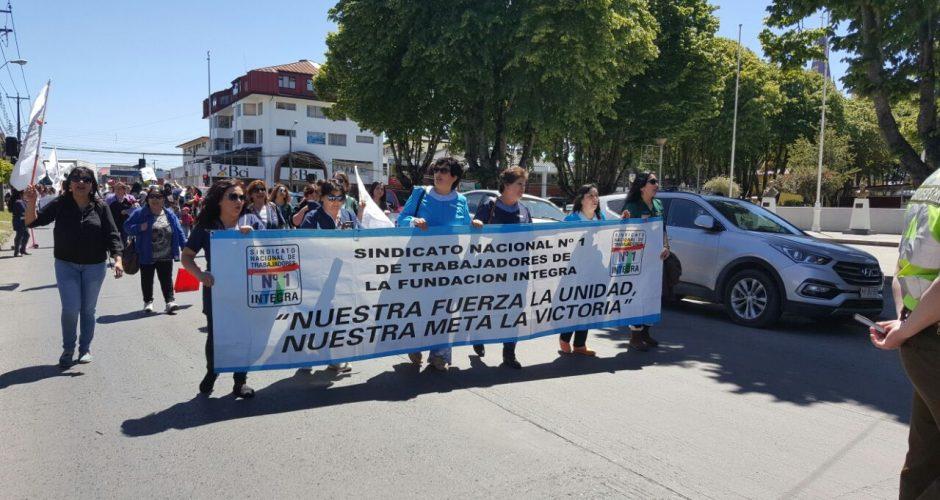 Castro: trabajadores de Fundación Integra marchan por mejoras salariales.
