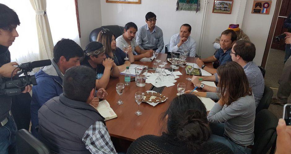 Quellón: no hay acuerdo entre representantes de comunidad indigena y del Parque Tantauco.